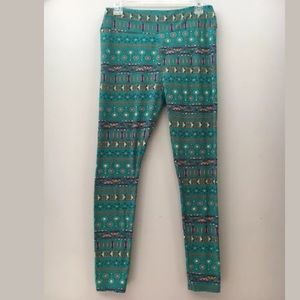 Lularoe TC Tall Curvy Leggings Tribal Print